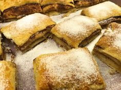 Kanelbullar i långpanna A Food, Good Food, Food And Drink, Fika, Frittata, Cornbread, French Toast, Sweets, Lunch