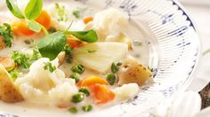 """Kesäkeitto - In my opinion this vegetable soup is the image of Finnish summer: very mild & delicate, yet fresh & simple, very """"easygoing"""" Natural Health, Mashed Potatoes, Recipies, Fresh, Vegetables, Breakfast, Ethnic Recipes, Finland, Soups"""