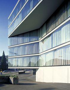 Burkard Meyer > Wohn- und Geschäftshaus Falken, Baden | HIC Arquitectura