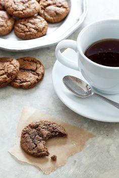 Chewy Ginger Molasses Cookies on gourmandeinthekitchen.com #glutenfree #paleo