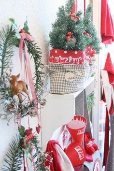 acufactum Weihnachtsausstellung Impressionen #acufactum #sticken #crossstitch #naehen #ausstellung #winter #advent #weihnachten #christmas #exhibition #deer