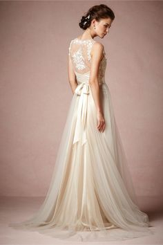 Love the silk tulle bottom. With a backless bodice either in lace or subtle shimmer.