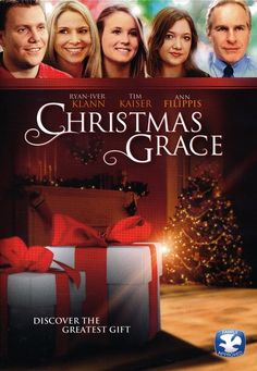 Family movie time is a wonderful way to enjoy the holiday season. This is our list of the Top 10 Best Christmas movies for Christians. Best Christmas Movies, Christmas Store, Christmas Ideas, Holiday Movies, Christmas Vacation, Christmas 2019, Family Christmas, Christmas Decor, Pixl Movies