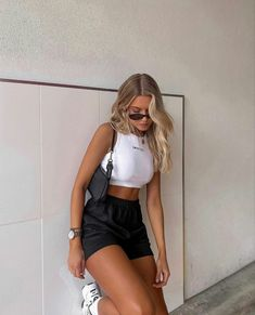 Cute Casual Outfits, Girl Outfits, Stylish Outfits, Urban Style Outfits, Sporty Outfits, Teen Fashion Outfits, Teenager Outfits, Simple Outfits, Fashion Ideas