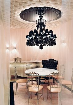 Cristal Room Baccarat by Philippe Starck | Baccarat's museum gallery in Paris attracts crystal lovers and foodies to the fantastic restaurant on the first floor.