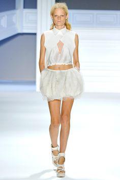 Vera Wang Spring 2012 Ready-to-Wear Fashion Show - Hanne Gaby Odiele
