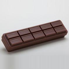 Estojo em formato de barra de chocolate