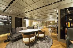 (Lexus cafe) INTERSECT BY LEXUS  in 表參道南青山
