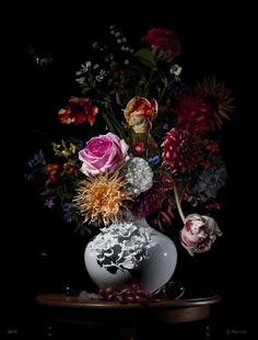 Bas Meeuws: Still Life Floral Photography