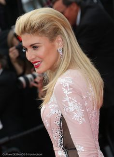 Hofit Golan #dessange #cannes2015 #coiffeurofficiel Cannes Film Festival 2015, Cannes 2015, Star Francaise, Palais Des Festivals, Hairdresser, Red Carpet, Hair Styles, Cannes Film Festival, Trending Hairstyles