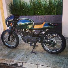 Bajaj Pulsar 180 Cafe Racer, Bone Breaker