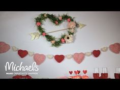 Galentine's Party Floral Heart Wall Décor