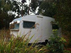 1950's bondwood Australian vintage caravan, with a BAY WINDOW!!!! Possibly built by Flynn caravans of Thornbury, Victoria.