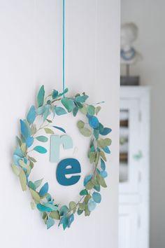 DIY papier : une couronne d'eucalyptus en papier - Marie Claire Idées