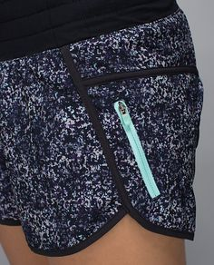 lululemon Tracker Short II - love the mint zipper in this color version!