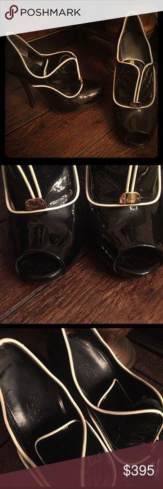 "Hostess Pick GUCCI NEWTON BLACK IVORY PATENT BOOT GUCCI ""NEWTON"" BLACK & IVORY PATENT PEEP TOE ANKLE BOOTIES BOOTS 6.5 EUC Gucci Shoes Ankle Boots & Booties"