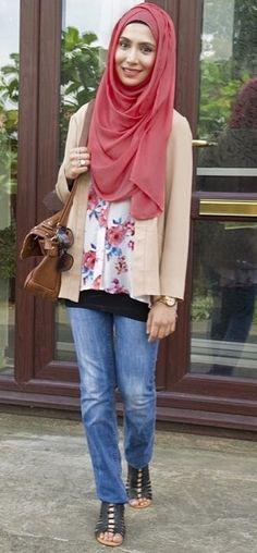 Long line cardigan, loose top, straight leg jeans (size up) - Amenakin Hijab Casual, Hijab Outfit, Modest Outfits, Cute Outfits, Modest Clothing, Hijab Jeans, Hijab Fashionista, Muslim Hijab, Islamic Clothing