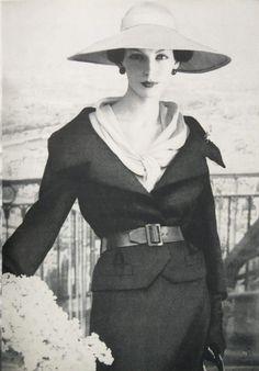 Joanna McCormick, photo by Henry Clarke, Vogue March 1957   vintage fashion magazines