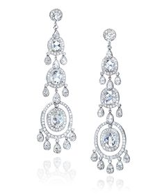 Cellini Jewelers Cellini Jewelers Diamond Chandelier Drop Earrings. Set in Platinum