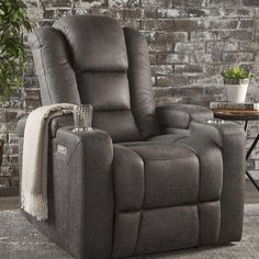 Looking for Christopher Knight Home 302045 Everette Power Motion Recliner, Slate ? Check out our picks for the Christopher Knight Home 302045 Everette Power Motion Recliner, Slate from the popular stores - all in one. Grey Recliner, Leather Recliner Chair, Recliner Chairs, Leather Sofas, Lounge Chairs, Club Chairs, Sectional Sofa, Manly Living Room, Living Room Furniture