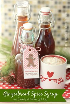 Gingerbread Spice Syrup {and Printable Tag} - Gingerbread Spice Syrup for lattes, cocoa, pancakes and more! Gingerbread Pancakes, Homemade Syrup, Homemade Gifts, Homemade Seasonings, Jar Gifts, Food Gifts, Homemade Christmas, Gourmet, Vanilla