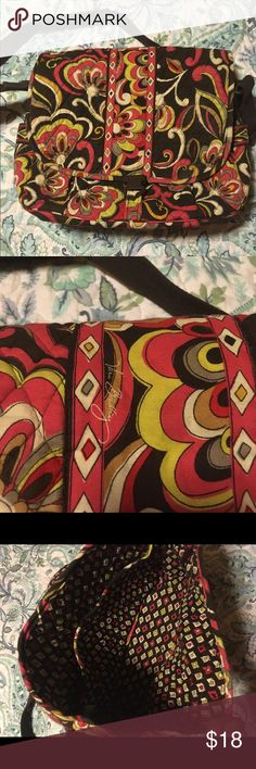 Vera Bradly messenger laptop bag Vera Bradly lap top/ messenger bag. Was given to me as a gift and I don't need it. Everything in perfect condition. Vera Bradley Bags Crossbody Bags