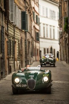 David Gandy and Jodie Kidd drive with Jaguar as they Celebrate Another Successful Mille Miglia in Automobile, Black Audi, Classic Cars British, Jaguar Xk120, Jaguar E Type, Jaguar Cars, Car Photos, Cars Motorcycles, Vintage Cars