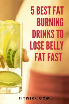 5 Best Belly Fat Burning Drinks to Flatten Your Tummy Fast 5 detox drinks that will help you lose belly fat. These belly fat burning drinks will stimulate fat burn and flatten your tummy fast. Fat Burning Smoothies, Fat Burning Drinks, Fat Burning Foods, Weight Loss Smoothies, Healthy Diet Tips, Diet And Nutrition, Healthy Eating, Healthy Drinks, Healthy Recepies