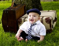 This little world traveler is adorable!!!  Vintage baby photography  www.jendoll.net