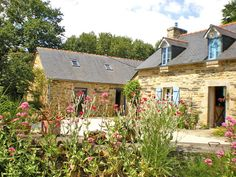 Lovely cottage in Brittany #bretagne #brittany