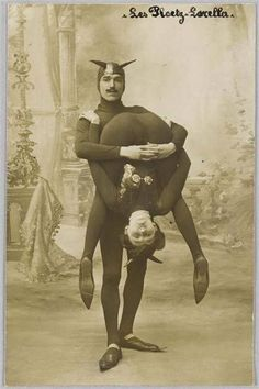 Performers from a freak show