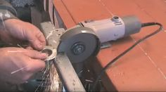 [Video] Make Your Very Own Milling Machine With Angle Grinder.