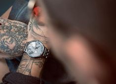 Different view - same watch. Men's Collection, Spice Things Up, Watches For Men, Your Style, Lifestyle, Design, Accessories, Fashion, Moda