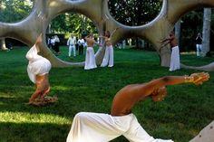 The Hamptons Art Scene in an Eggshell