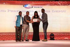 Kamdhenu paints: Awards Ceremony.
