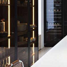 Smoked Glass Cupboard Doors | Liedssen Kitchen #kitchen #smokedglass #cupboard #cityhouse #interior123 #interiordecor #interiorideas #interior123 #interior4all #architecturaldigest #interiorarchitecture #luxury #luxuryhome #luxuriousliving #maison #maisoninterior #moderndesign #contemporary #photooftheday #loveit #instahome