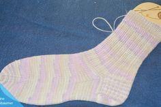 Socken stricken für Anfänger – DIY-Anleitung