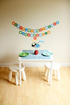 DIY School Days Printables | The Sweetest Occasion instead of cupcakes do the breakfast oatmeal muffin