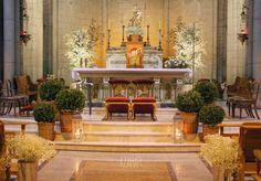 Iglesias Ceremony Decorations, Church Decorations, Marry Me, Wedding Ceremony, Wedding Church, Bride, Weddings, Ideas Para, Party Ideas