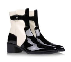 studio silvia lorelle — Fratelli Rossetti Get Up And Walk, Rubber Rain Boots, Chelsea Boots, Walking, Ankle, Studio, Shoes, Fashion, Shoe Pattern