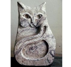 Cat Sculpture Stone Carving. Carved Cat Stone hare von FluffyFenris