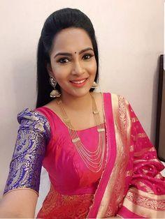 Stylish Dress Designs, Stylish Dresses, Long Dresses, Beautiful Saree, Beautiful Indian Actress, Bollywood Actress Hot, Bollywood News, Indian Long Hair Braid, Thai Dress