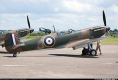 Supermarine 300 Spitfire Mk1A aircraft picture