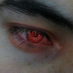 vampire aesthetic : the beauty of Apollo, breaking women's hearts; refined features and eyes burning with devilish fire; Dark Fantasy, Aesthetic Eyes, Maquillage Halloween, Vanitas, Character Aesthetic, Greek Gods, Beautiful Eyes, Teen Wolf, Character Inspiration