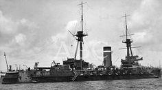 """Vigo. Agosto de 1917. El acorazado """"Alfonso XIII"""" en la bahía"""