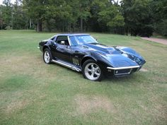 Gorgeous '69 Corvette. Awesome American Muscle Car!