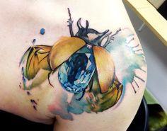 Beetle with Sapphire Body by Lianne Moule