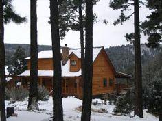 """Dances with Bears"" cabin in Ruidoso, NM"