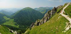 Přechod hlavního hřebene Kriváňské Malé Fatry – Průvodce Malou Fatrou Heart Of Europe, Places To Visit, Mountains, Nature, Travel, Suitcase, Naturaleza, Viajes, Destinations