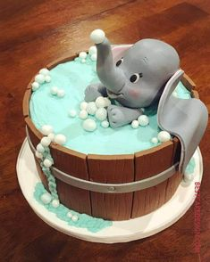 50 Most Beautiful looking Dumbo Cake Design that you can make or get it made on the coming birthday. Pretty Birthday Cakes, Baby Birthday Cakes, Baby Boy Cakes, Designer Birthday Cakes, Birthday Cake Disney, Birthday Cake Designs, Elephant Birthday Cakes, Birthday Cartoon, Birthday Cards